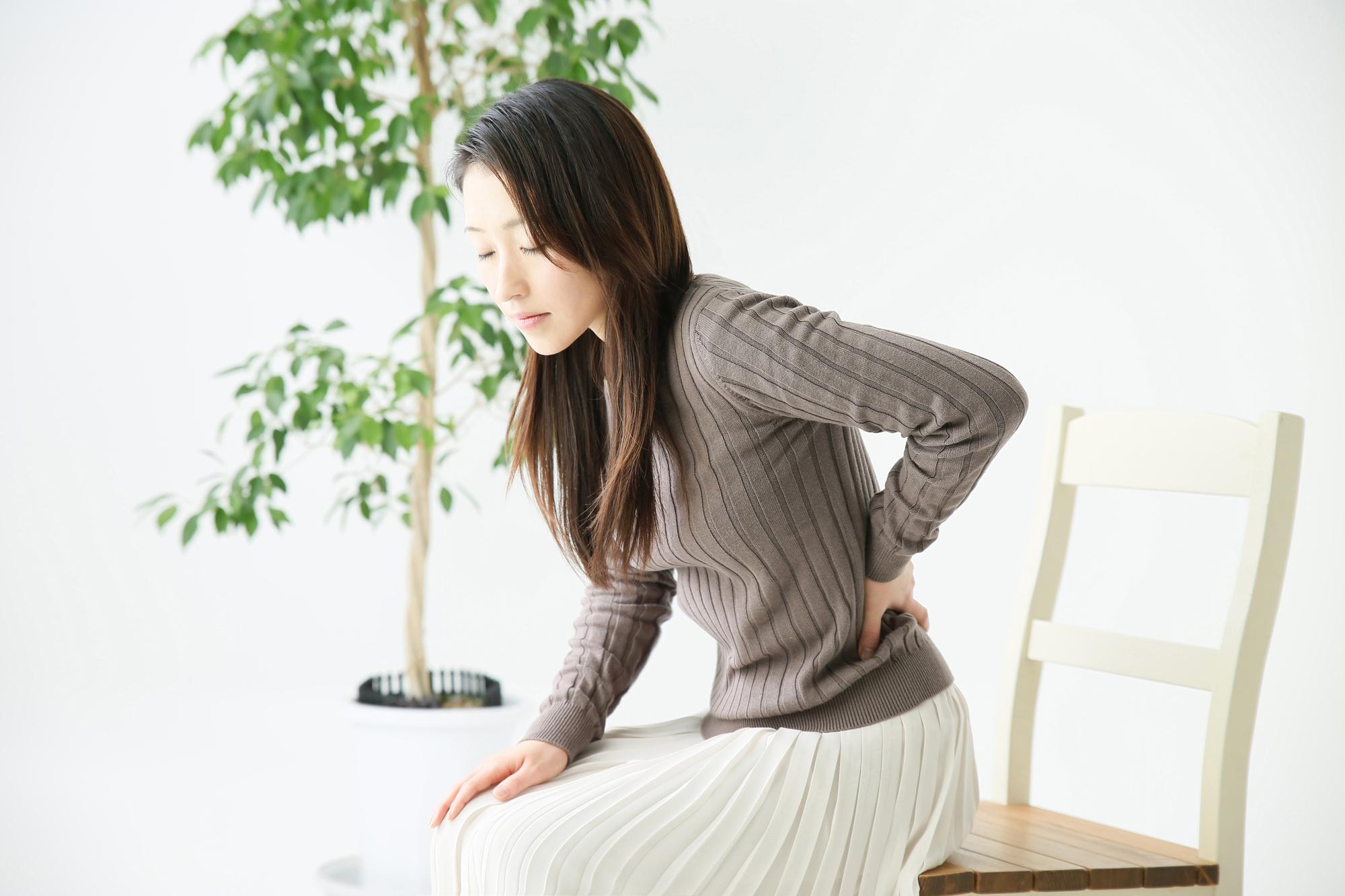 腰痛患者の女性